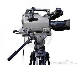 video-camera-tripod-14521794